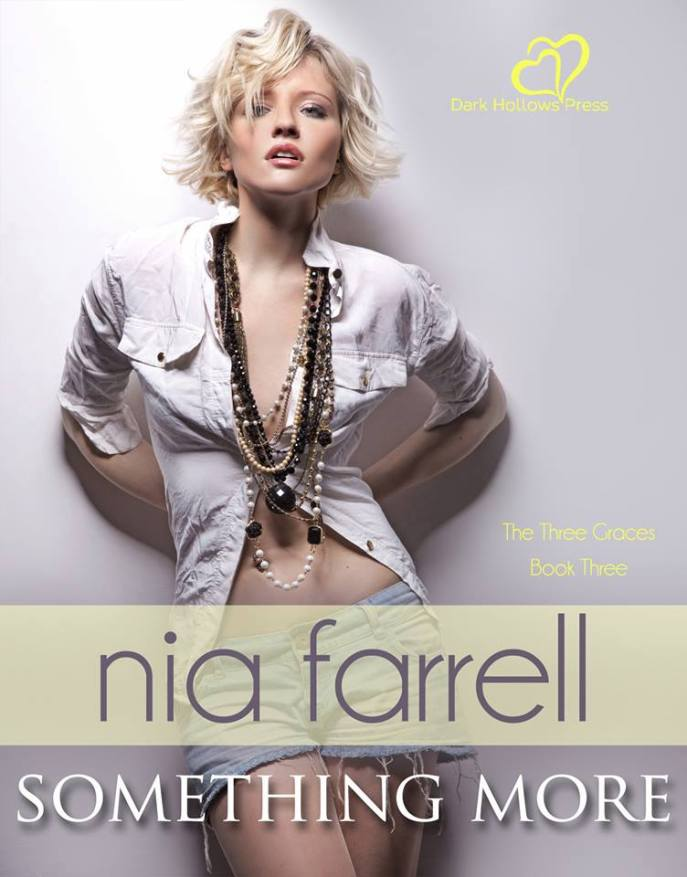 Nia Farrell 3